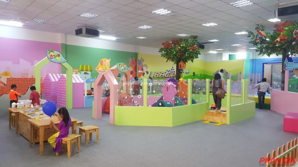 Một góc xinh tươi của khu vui chơi trẻ em Vườn Hồng