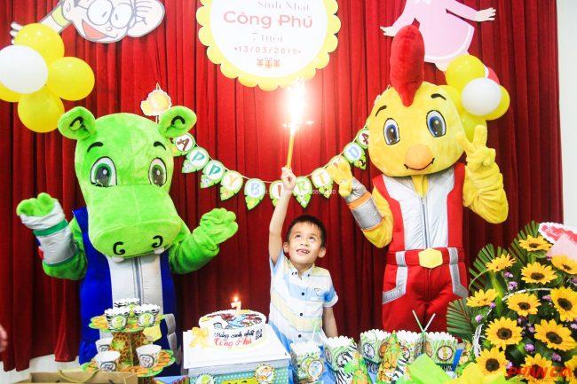Khu vui chơi Tuấn Việt Kidz – Quảng Bình thường xuyên tổ chức các bữa tiệc sinh nhật cho các bé.