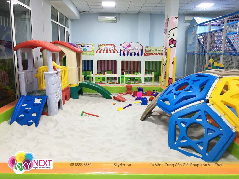 khu vực chơi cát cho bé