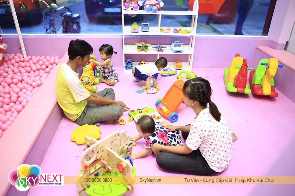 Phòng chơi cho trẻ em nhỏ