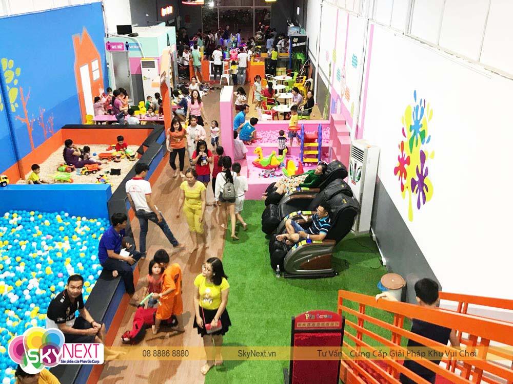 Kids City Hậu Giang đón rất đông khách