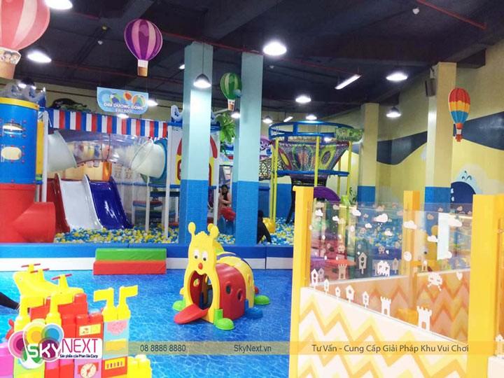 khu vui chơi trẻ em vẫn đang nhận được sự yêu thích của phụ huynh và bé