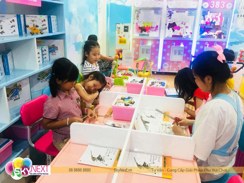 Góc nghệ thuật + Trí Tuệ Diamond Kids
