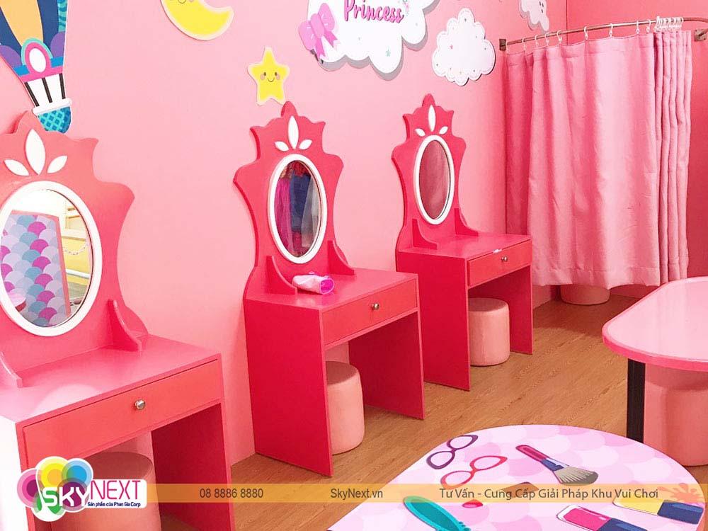 Phòng hóa trang cho bé