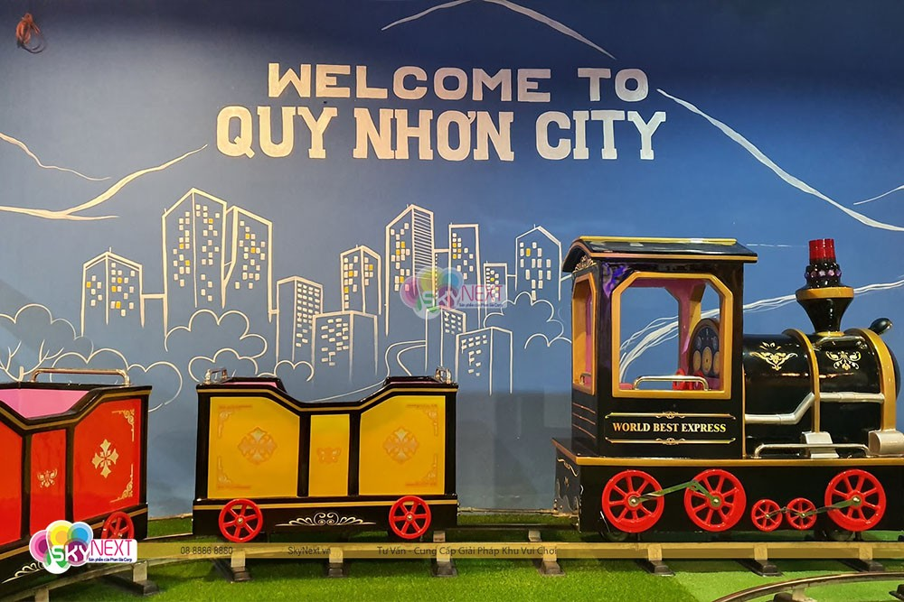 Ga tàu lửa Quy Nhơn trong nhà cho bé