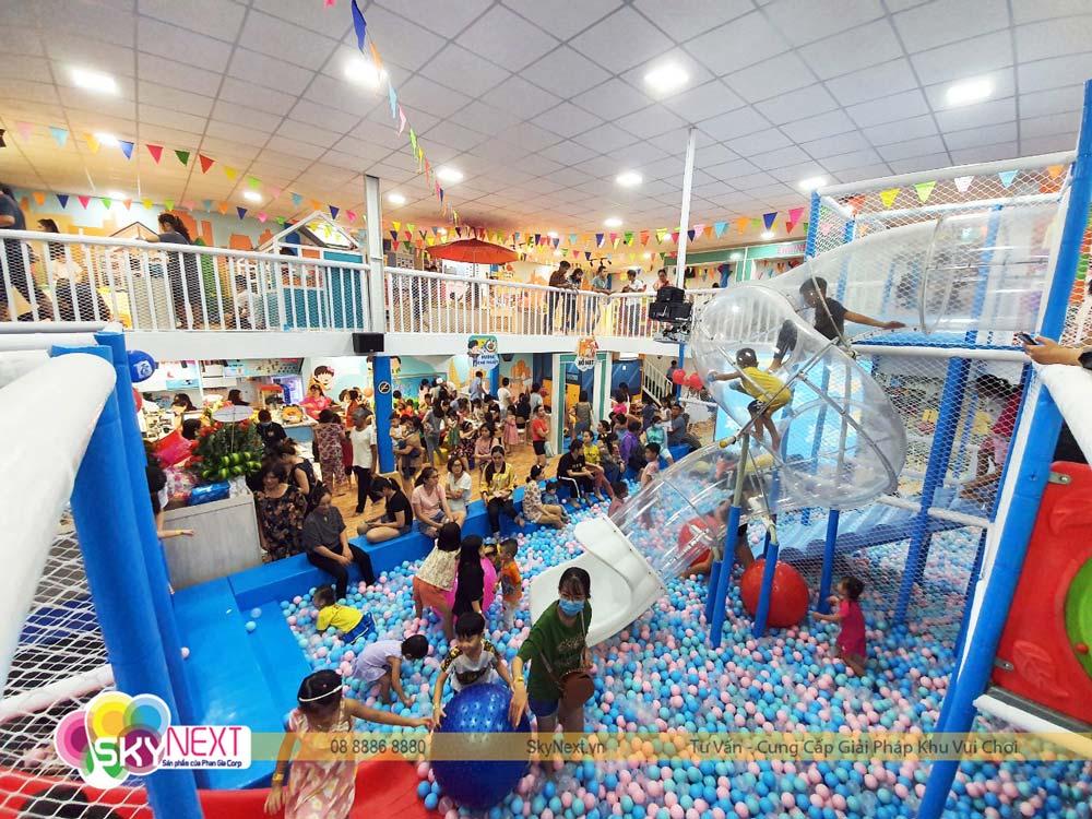 Khu vui chơi trẻ em Kiwi Garden thu hút khách
