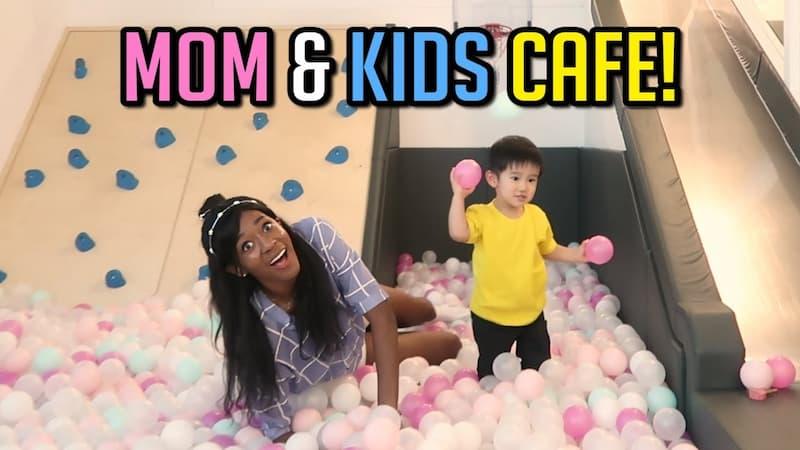 Mom-Kids-Cafe (1)