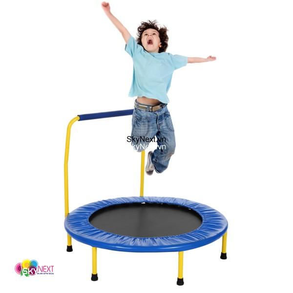 San nhun trampoline lo xo 020